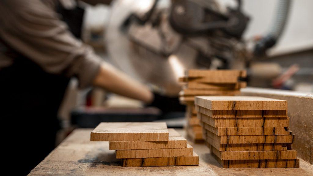 vente menuiserie bois et PVC haute savoie